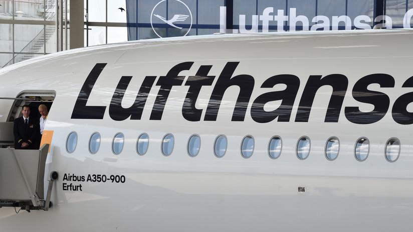 Lufthansa agudiza su litigio contra un pasajero al que demandó por no abordar un vuelo
