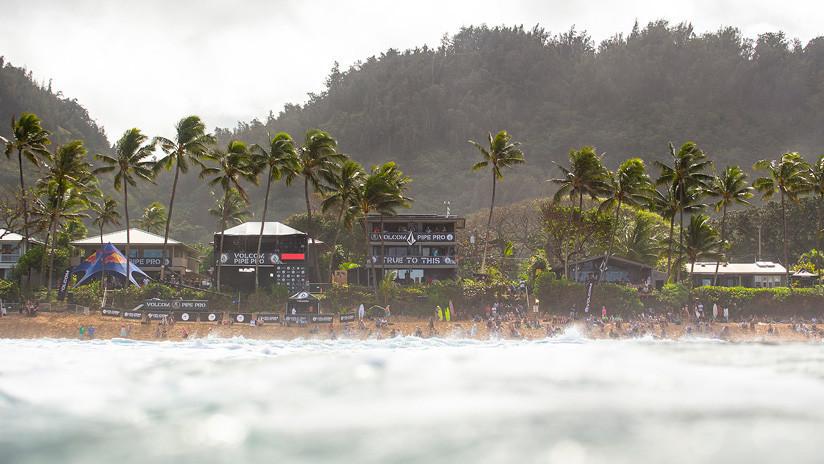VIDEOS: Cae nieve en Hawái por una insólita tormenta invernal con olas de hasta 18 metros
