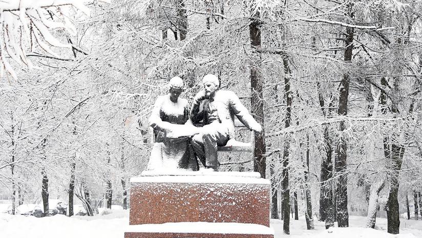 Moscú se cubre de un espeso manto blanco de nieve tras precipitaciones récord en 140 años