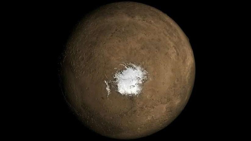 Desvelan el misterio de la presencia de agua líquida en Marte