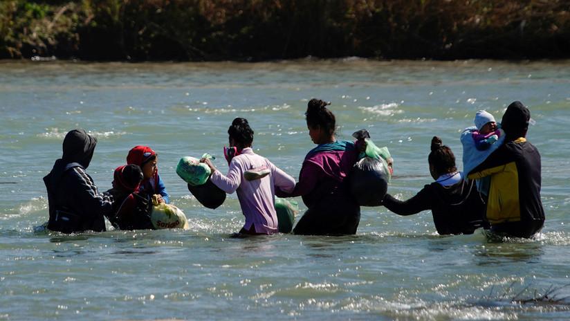 El río entre México y EE.UU. al que se tiran los migrantes centroamericanos desesperados en busca de asilo