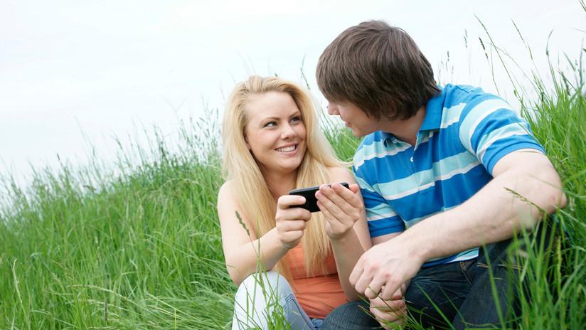 El amor en tiempos de Tinder: Сómo las citas en línea se han convertido en un fenómeno social sin marcha atrás