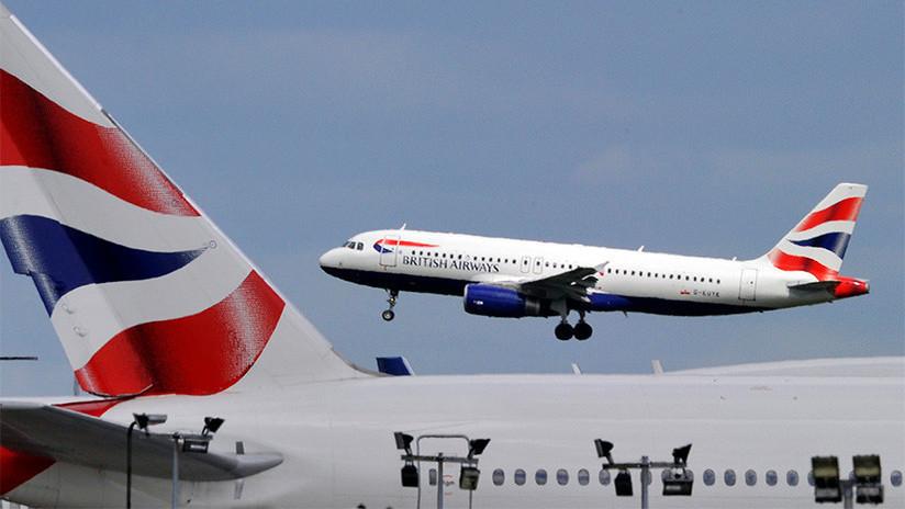 FOTOS: Decenas de pasajeros de British Airways, obligados a dormir en el suelo de un aeropuerto por una cancelación