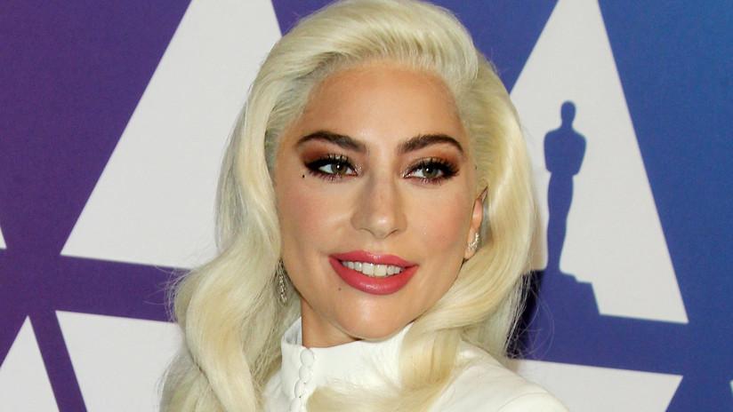 """""""Demasiados tequilas"""": Lady Gaga se hace un tatuaje fallido y le echa la culpa al alcohol (FOTOS)"""