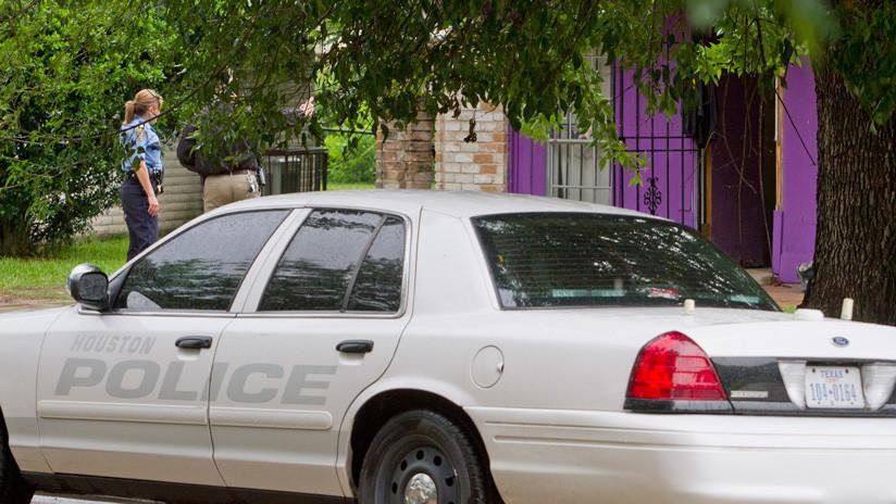 FOTO: Un hombre mata a su novia y después se suicida en un local de Dunkin Donuts en EE.UU.