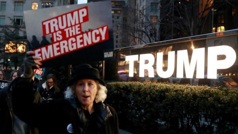 ¿Cómo puede usar Trump el estado de emergencia nacional para construir el muro fronterizo?