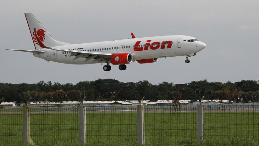 FOTOS: Un avión con 189 personas se sale de la pista en Indonesia tras aterrizar durante una fuerte tormenta