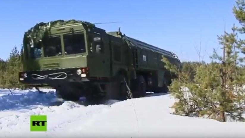 VIDEO: Sistemas de misiles tácticos rusos Iskander-M destruyen puestos de mando del enemigo durante maniobras en los Urales