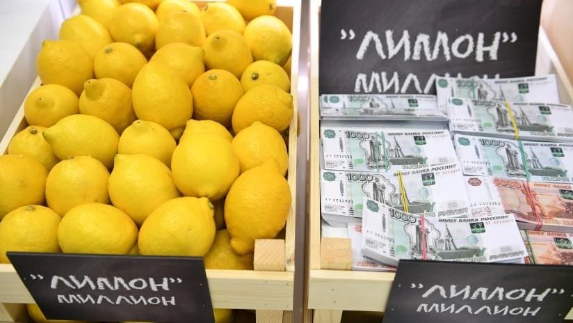 Forbes afirma que en Rusia solo los ricos pueden permitirse comprar limones y luego corrige su artículo