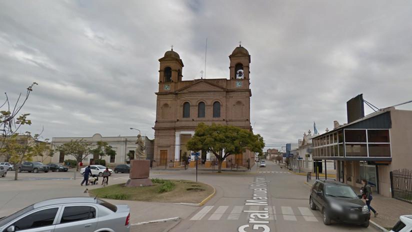 Impactante momento en que colapsa una tribuna en Argentina