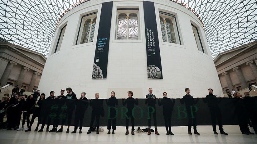 """Acusan al Museo Británico de """"blanquear el neocolonialismo"""" de la petrolera BP"""