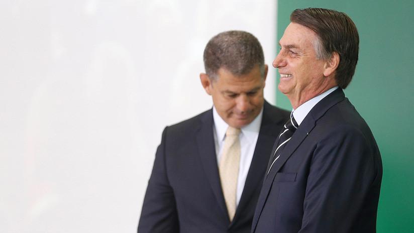 Bolsonaro sustituye a uno de sus ministros en la primera crisis interna del Gobierno