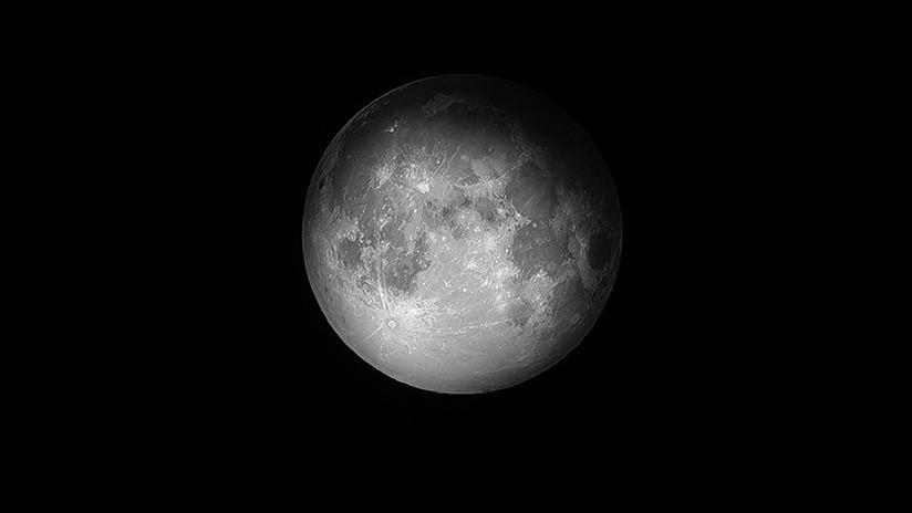 El 'retrato' más alucinante de la Luna: 50.000 fotos y 81 megapíxeles para captar su mejor 'cara'