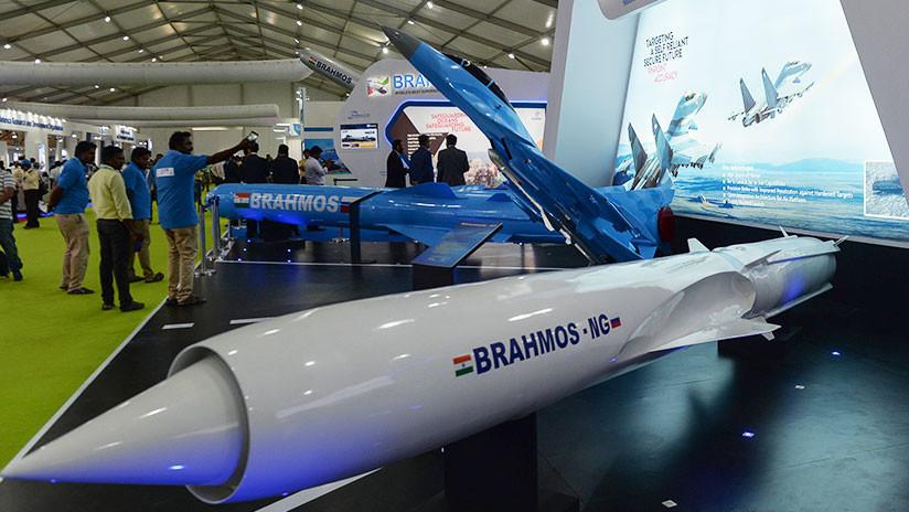 FOTO: Rusia e India presentan un minimisil de crucero para plataformas pequeñas