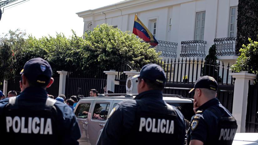 Costa Rica deplora que la misión de Guaidó haya tomado la embajada de Venezuela