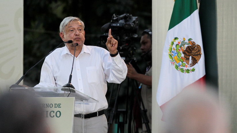 López Obrador destaca que el robo de combustible se redujo de 56.000 a 15.000 barriles diarios