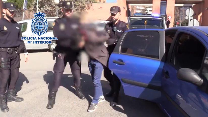 España: Detienen a un hombre que descuartizó a su madre y se comió parte del cuerpo (VIDEO)
