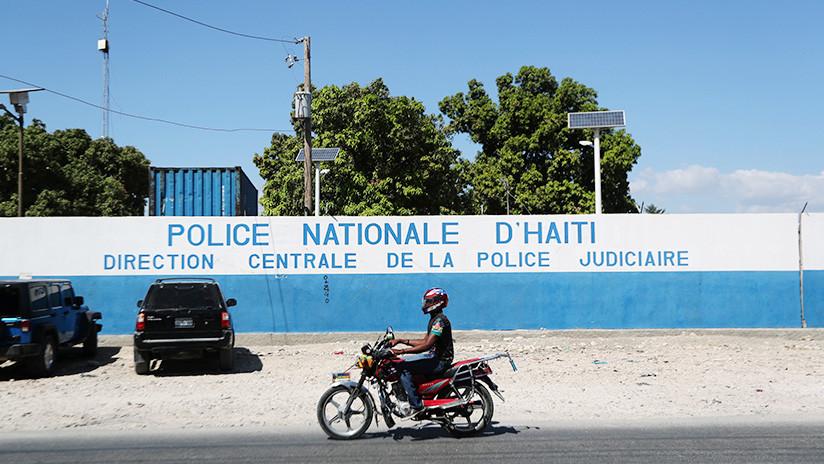 'Gracias, Casa Blanca': Habla uno de los estadounidenses arrestados con armas en Haití en medio de las protestas