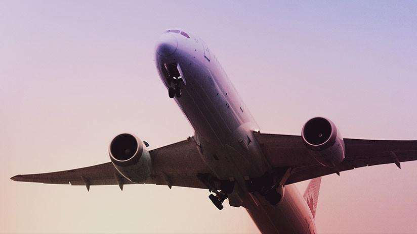 Reportan el intento de secuestro de un avión en Bangladés con destino a Dubái (VIDEO)