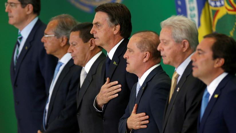 Polémica en Brasil: El ministro de Educación quiere grabar a los estudiantes cantando el Himno Nacional