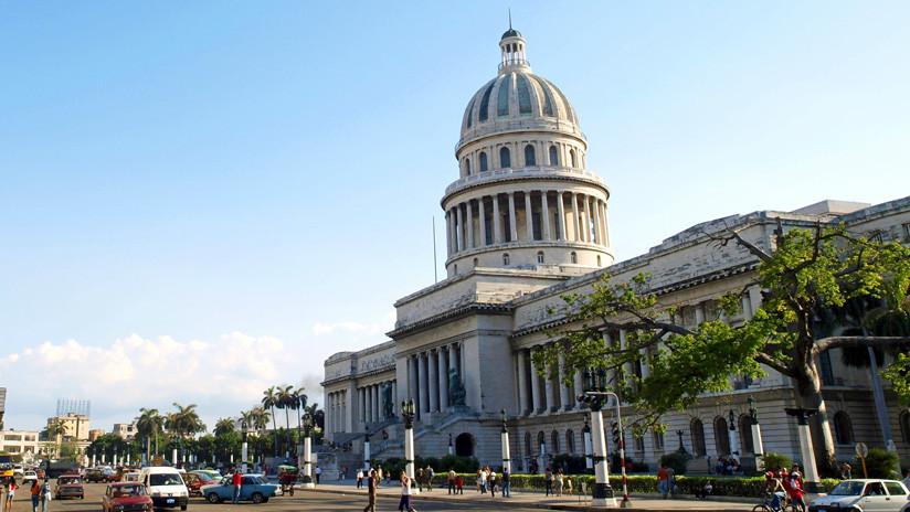 """El secretario de Estado de EE.UU. llama a """"no dejarse engañar"""" por el referéndum en Cuba"""