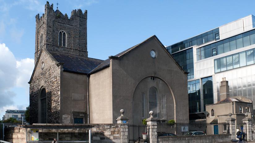 Decapitan los restos de un caballero de las Cruzadas en un templo de Irlanda