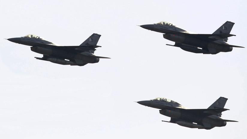 Nueva Delhi afirma que varios aviones de combate pakistaníes incursionaron en la parte india de Cachemira