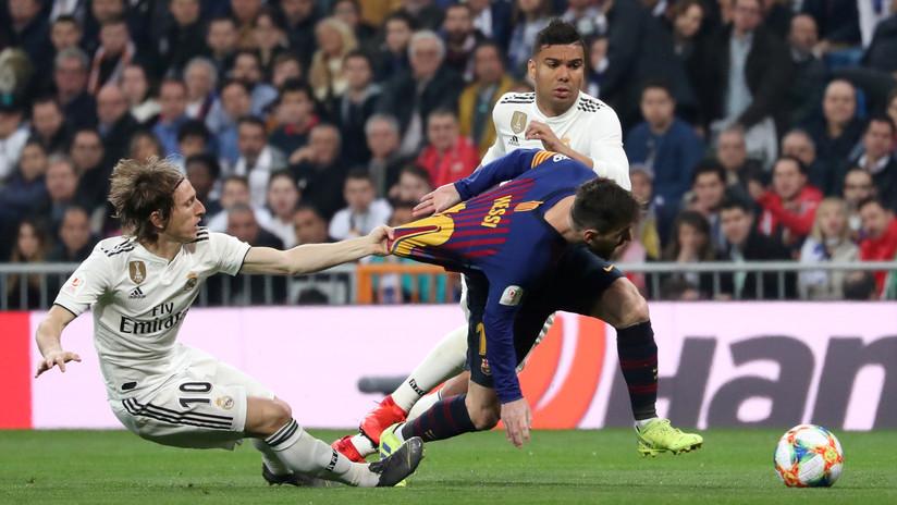 El Real Madrid da rienda suelta a los memes tras ser goleado en casa por el Barcelona