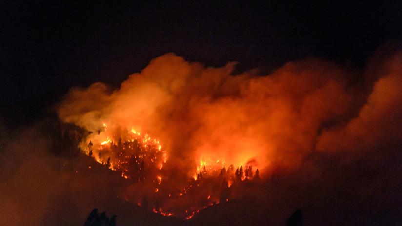 Incendios amenazan diversos sectores de varias zonas del sur de Chile