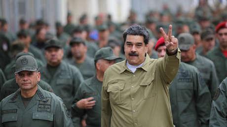 El presidente de Venezuela, Nicolás Maduro durante un encuentro con soldados el 30 de enero de 2019