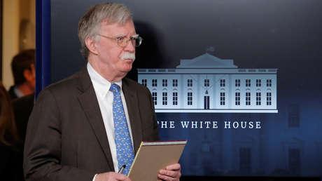 El asesor de Seguridad Nacional de EE.UU., John Bolton, durante el anuncio de sanciones a Venezuela el 28 de enero de 2019.