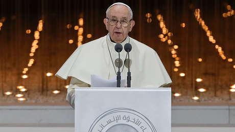 El papa Francisco pronuncia un discurso en Abu Dabi (Emiratos Árabes Unidos), el 4 de febrero de 2019.