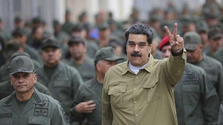 Maduro junto a militares en Fuerte Tiuna, Caracas, Venezuela, 30 de enero de 2019.