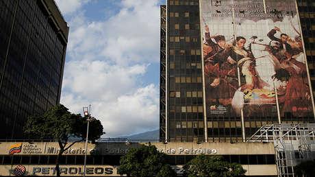 Una vista general del edificio de Petróleos de Venezuela, en Caracas. 18 de enero de 2017.