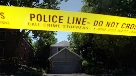 Policía investiga la casa del asesino en serie Bruce McArthur, en Canadá, el 6 de julio de 2018.