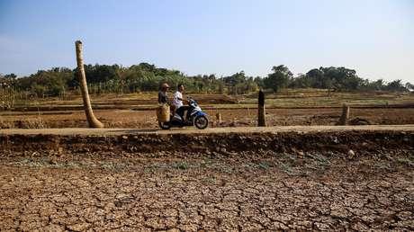 Una presa seca en Regencia Sumedang, provincia Java Oeste, Indonesia, el 15 de septiembre de 2018