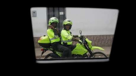 """Agentes de la Policía colombiana acompañan caravana de la USAID con la """"ayuda humanitaria"""", el 7 de febrero de 2019"""