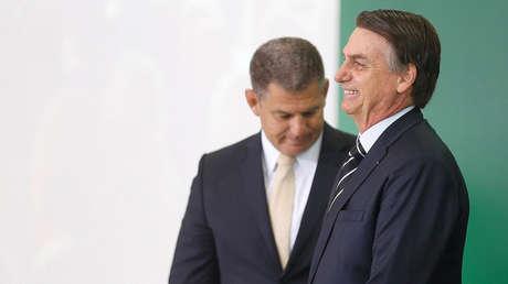 El presidente de Brasil, Jair Bolsonaro, junto al ya exministro Gustavo Bebianno en el Palacio de Planalto, Brasilia, 2 de enero de 2019.