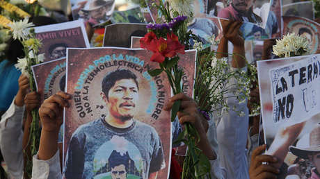 Un retrato de Samir Flores el día de su entierro en Amilcingo, Morelos, México, 21 de febrero, 2019.