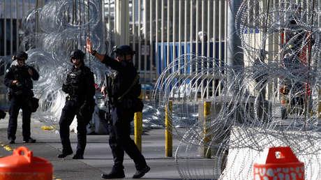 Agentes de Aduanas y Protección Fronteriza participan en despliegue en la entrada de San Ysidro, San Diego, 10 de enero de 2019.