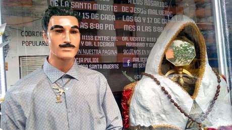 Altar de Malverde y la Santa Muerte.