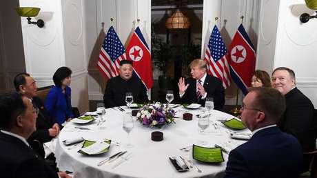 Kim Jong-un y Donald Trump en el hotel Sofitel Legend Metropol, Hanói, Vietnam, 27 de febrero de 2019