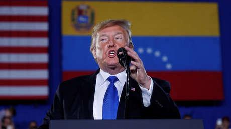 El presidente de EE.UU., Donald Trump, habla sobre Venezuela durante una vistia a la Universidad Internacional de Florida, Miami, 18 de febrero de 2019.