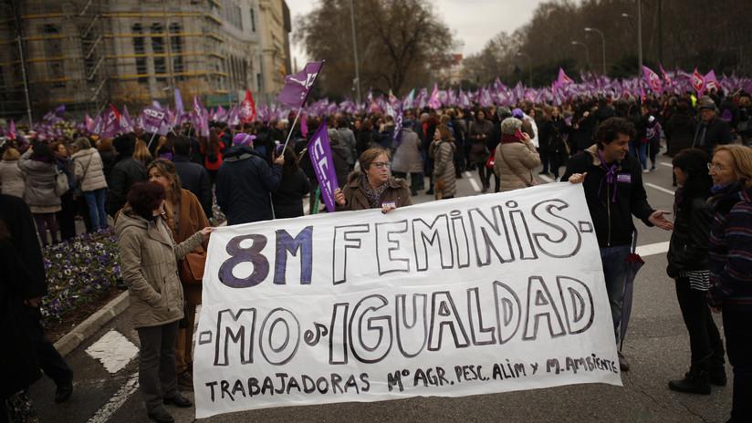 El Gobierno español aprueba la igualdad de los permisos de paternidad y maternidad