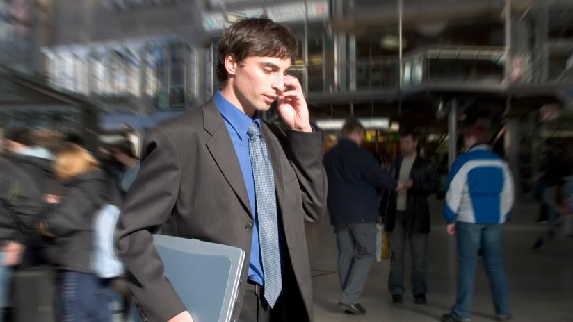 Trabajadores españoles no están obligados a responder mensajes de sus jefes fuera del horario laboral