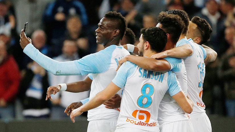 VIDEO: 'Supermario' hace lo nunca visto celebrando su gol en Instagram