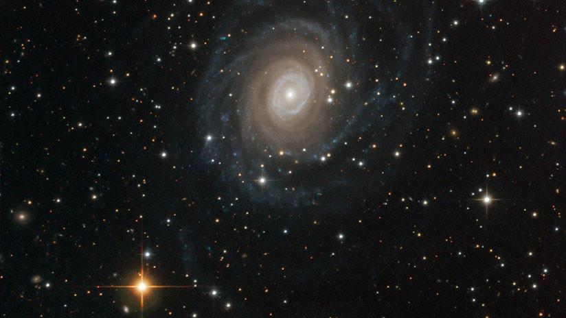 FOTO: Observatorio cazador de planetas habitables del desierto de Chile capta su 'primera luz'