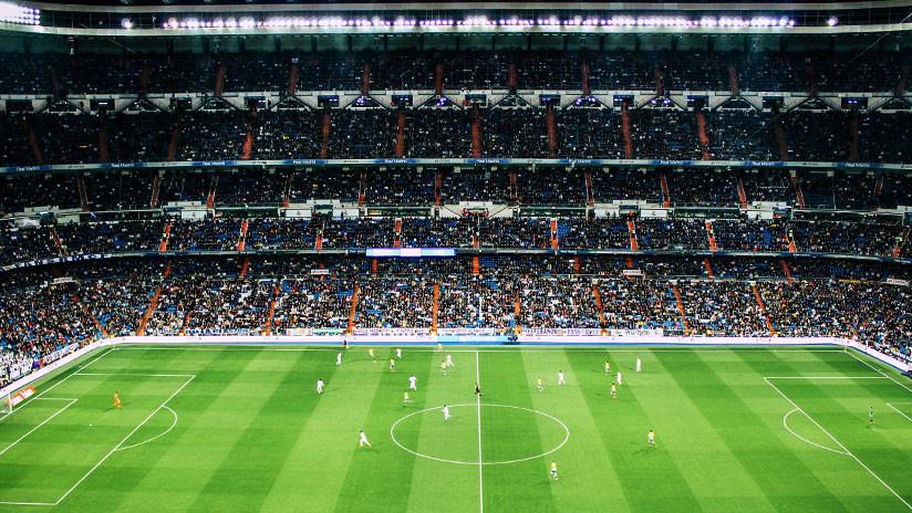 Barreras sin rivales y tarjetas para el DT: Las siete nuevas reglas del fútbol que entrarán en vigor en el 2019