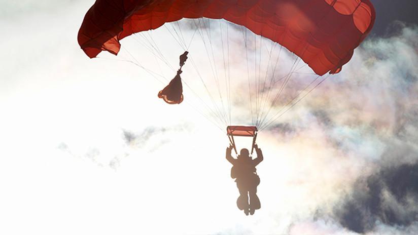 Un paracaidista militar muere en una demostración de salto libre en Honduras
