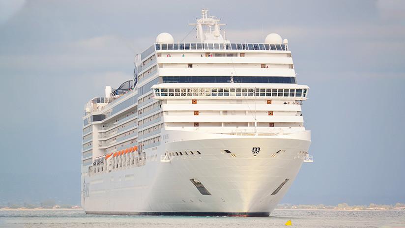 """VIDEO, FOTOS: Una ráfaga de viento """"extrema"""" genera caos en un crucero y deja varios heridos"""